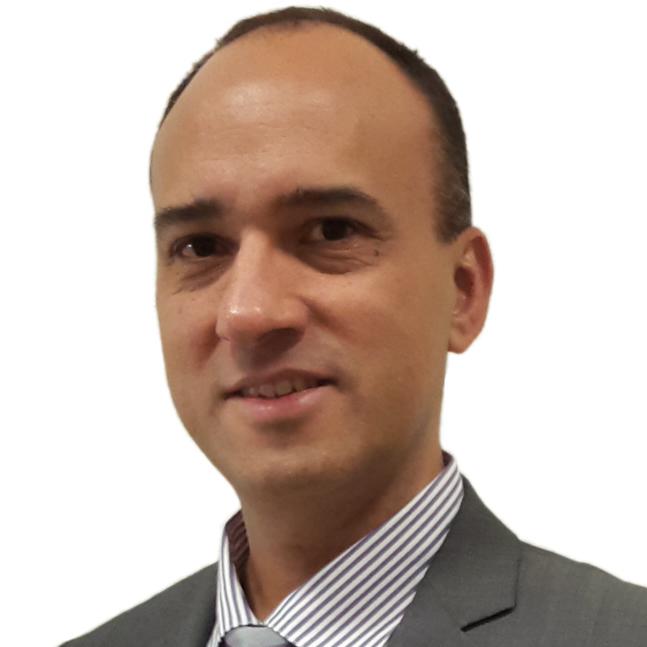 <b>Antonio Rivero</b>